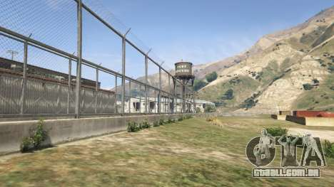 O muro do Forte de Zancudo, no GTA 5