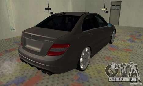 Mercedes-Benz C63 Dub para GTA San Andreas traseira esquerda vista