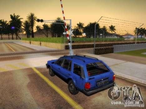 Nissan Bluebird Wagon para GTA San Andreas esquerda vista