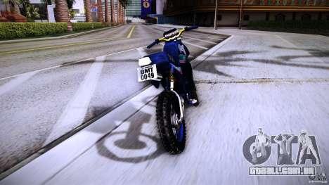 Yamaha DT 180 para GTA San Andreas vista traseira