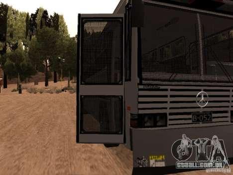 Mercedes Benz SWAT Bus para GTA San Andreas vista traseira