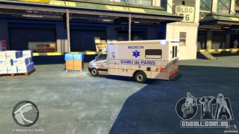 Mercedes-Benz Sprinter Ambulance para GTA 4 traseira esquerda vista