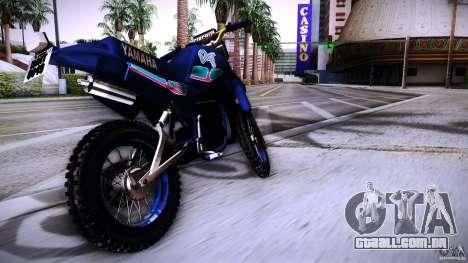 Yamaha DT 180 para GTA San Andreas traseira esquerda vista