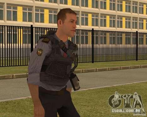 O MINISTÉRIO DE ASSUNTOS INTERNOS DA RÚSSIA para GTA San Andreas terceira tela