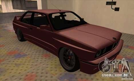 BMW M3 E30 1990 para GTA San Andreas traseira esquerda vista