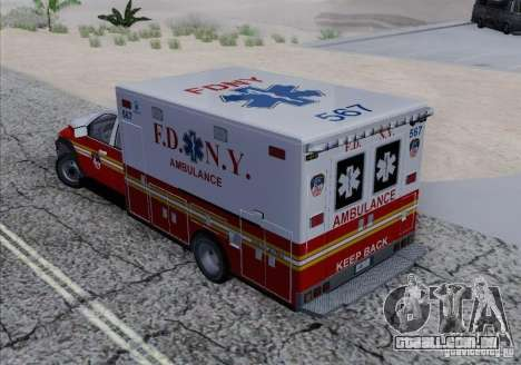 Dodge Ram Ambulance para GTA San Andreas vista interior