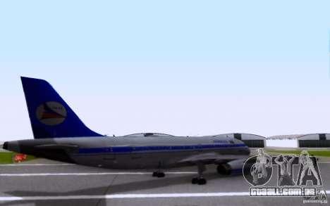 Airbus A-319 Azerbaijan Airlines para GTA San Andreas traseira esquerda vista