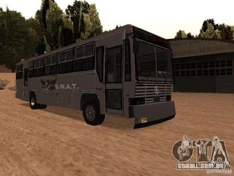 Mercedes Benz SWAT Bus para GTA San Andreas vista direita