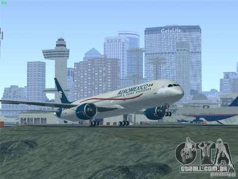 Boeing 787-8 Dreamliner AeroMexico para GTA San Andreas vista inferior
