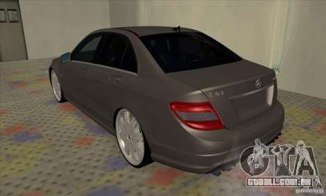 Mercedes-Benz C63 Dub para GTA San Andreas vista direita
