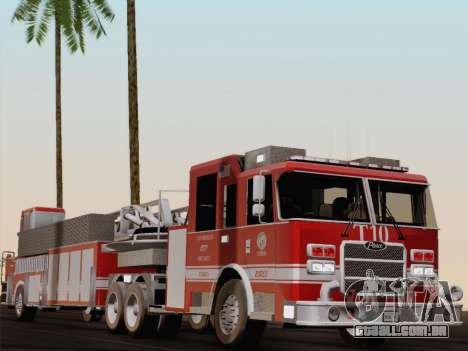 Pierce Arrow XT LAFD Tiller Ladder Truck 10 para GTA San Andreas vista inferior