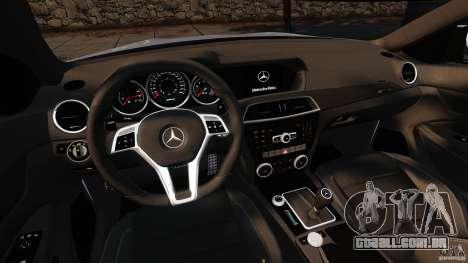 Mercedes-Benz C 63 AMG para GTA 4 vista de volta