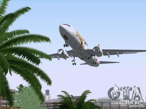 Boeing 737-800 Tiger Airways para GTA San Andreas vista inferior