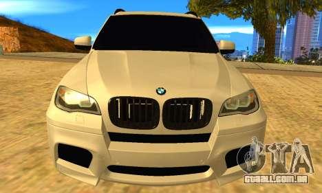 BMW X5M 2013 v2.0 para GTA San Andreas vista direita