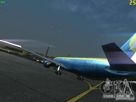 Boeing 767-300 AeroSvit Ukrainian Airlines para GTA San Andreas traseira esquerda vista