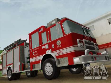 Pierce Saber LAFD Engine 10 para GTA San Andreas vista inferior