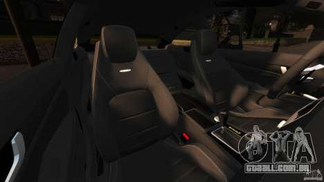 Mercedes-Benz C 63 AMG para GTA 4 vista interior