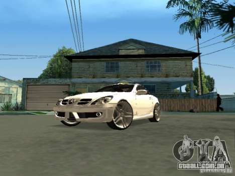 Mercedes Benz SLK 300 para GTA San Andreas vista direita