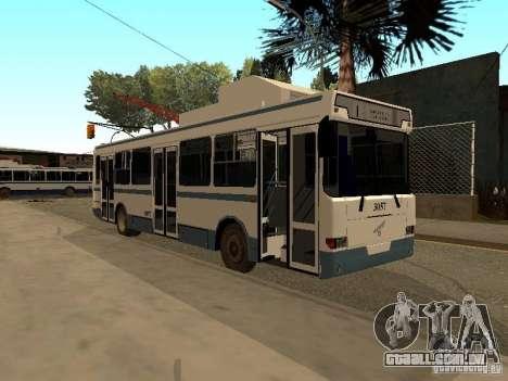 MTrZ 5279 para GTA San Andreas vista traseira