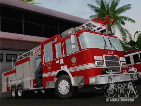 Pierce Arrow LAFD Ladder 43 para o motor de GTA San Andreas