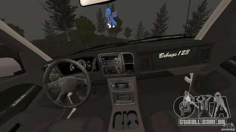 Chevrolet Silverado 2500 Lifted Edition 2000 para GTA 4 vista de volta