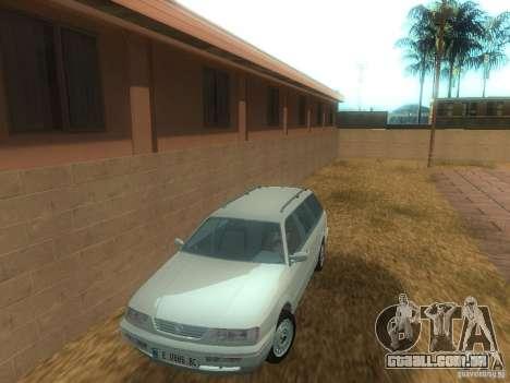 Volkswagen Passat B4 Variant para GTA San Andreas esquerda vista