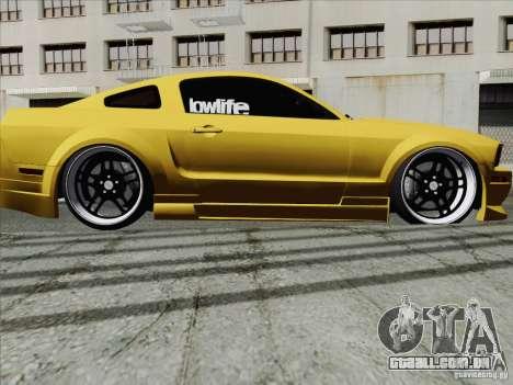 Ford Mustang GT Lowlife para GTA San Andreas vista direita