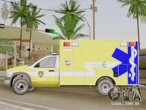 Dodge Ram Ambulance BCFD Paramedic 100 para GTA San Andreas vista interior