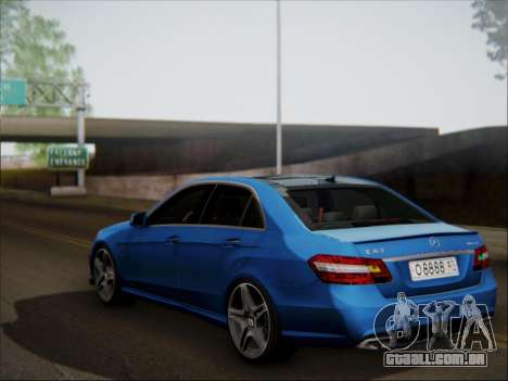 Mercedes-Benz E63 AMG 2010 para GTA San Andreas vista superior