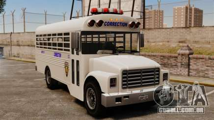 O ônibus da prisão Liberty City para GTA 4