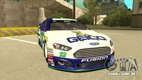 Ford Fusion NASCAR No. 13 GEICO para GTA San Andreas esquerda vista