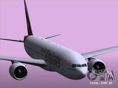 Boeing 777-21HLR Emirates para GTA San Andreas vista inferior