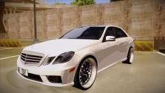 Mercedes-Benz E63 6.3 AMG Tedy
