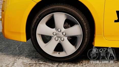 Toyota Prius 2011 Adelaide Yellow Taxi para GTA 4 vista de volta
