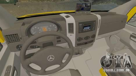 Mercedes-Benz Sprinter 2500 Delivery Van 2011 para GTA 4 vista lateral