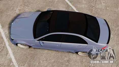 Mercedes-Benz C63 AMG 2010 para GTA 4 vista direita