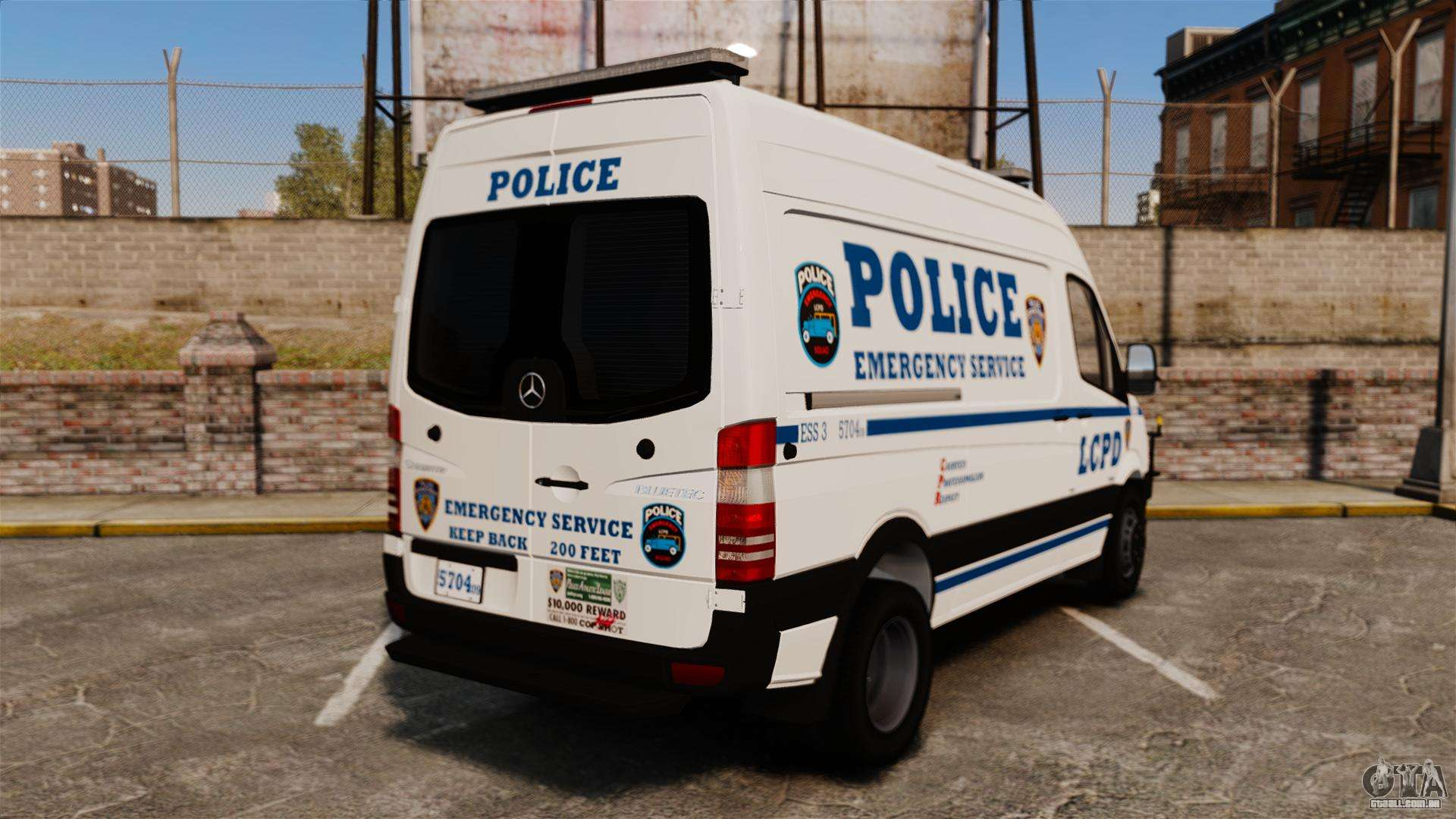Mercedes benz sprinter 3500 emergency response para gta 4 for Mercedes benz emergency