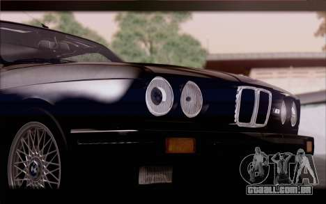 BMW M3 E30 Stock Version para GTA San Andreas vista traseira