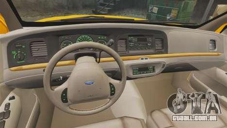Ford Crown Victoria 1999 NYC Taxi para GTA 4 vista de volta