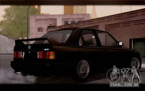 BMW M3 E30 Stock Version para GTA San Andreas traseira esquerda vista