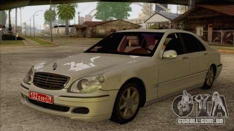 Mercedes-Benz W220 S500 4matic para GTA San Andreas