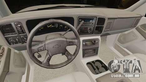 Chevrolet Suburban 2003 AMR [ELS] para GTA 4 vista de volta
