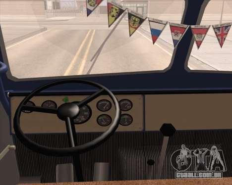 MAZ 504a para GTA San Andreas vista direita