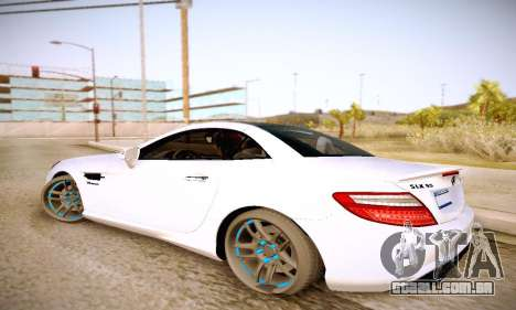 Mercedes Benz SLK55 AMG 2011 para GTA San Andreas esquerda vista