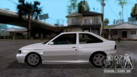 Ford Escort 1996 para GTA San Andreas esquerda vista