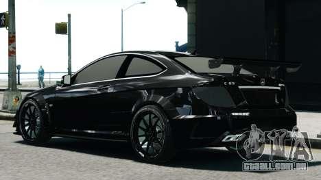 Mercedes-Benz C63 AMG Black Series 2012 para GTA 4 esquerda vista