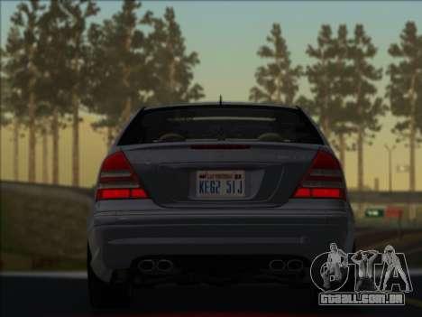 Mercedes-Benz C32 AMG Vossen V1.0 2004 para GTA San Andreas esquerda vista