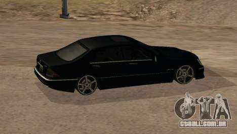 Mercedes-Benz S65 AMG para GTA San Andreas vista inferior