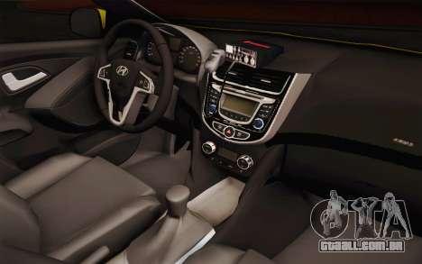 Hyundai Accent Taxi 2013 para GTA San Andreas vista interior