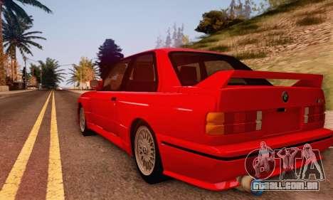 BMW M3 E30 para GTA San Andreas traseira esquerda vista